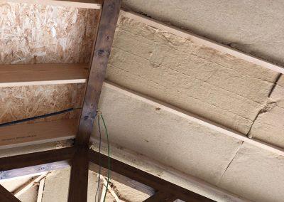 Aislamiento natural de fibra de madera utilizado en bioconstrucción